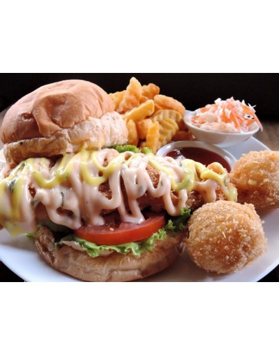 Crispy Fish Burger (with fish balls)